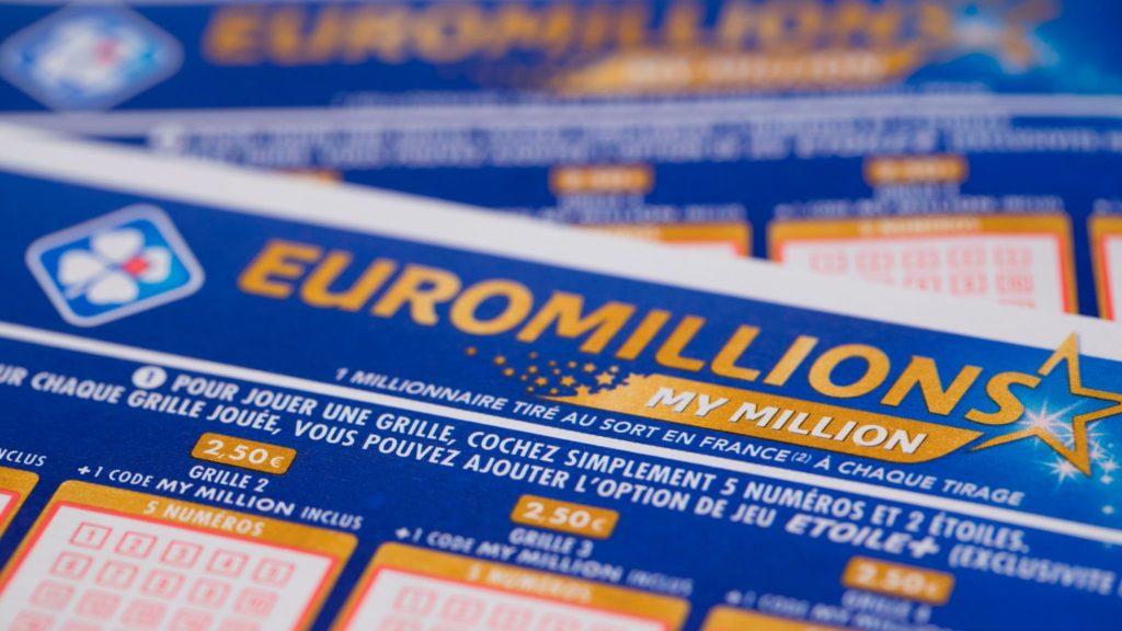 Шесть правильных и джек-пот: швейцарской лотерее исполнилось 50 лет - swi swissinfo.ch
